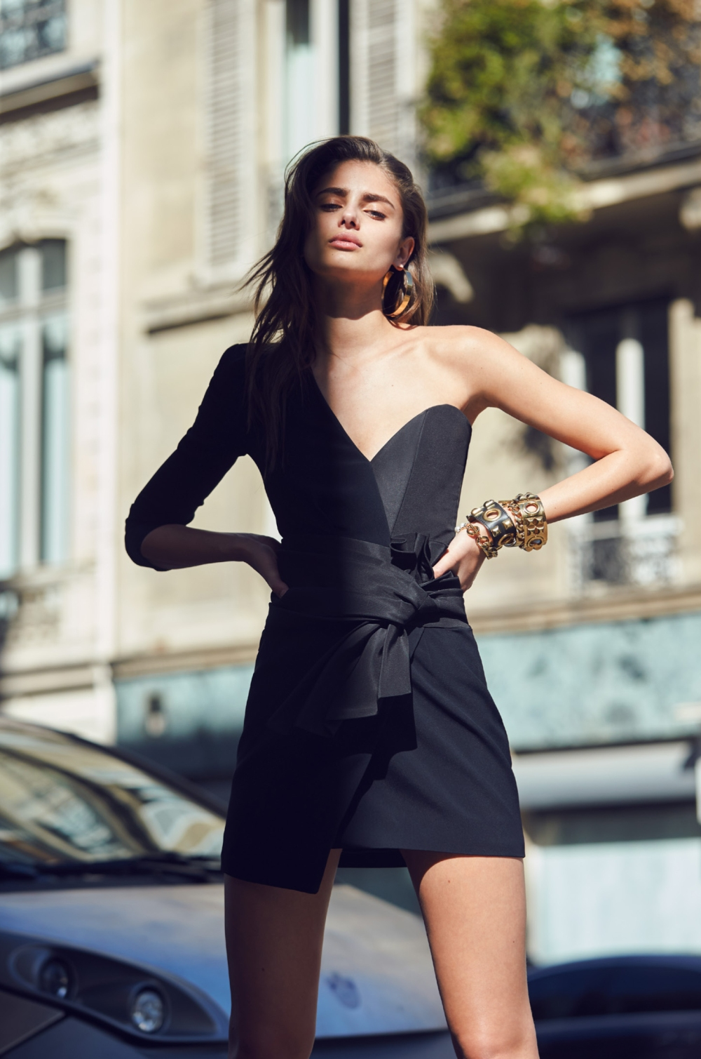 alexandre-vauthier-fall-2016-lookbook-with-taylor-hill-shot-by-david-bellemere-at-thomas-treuhaft-6