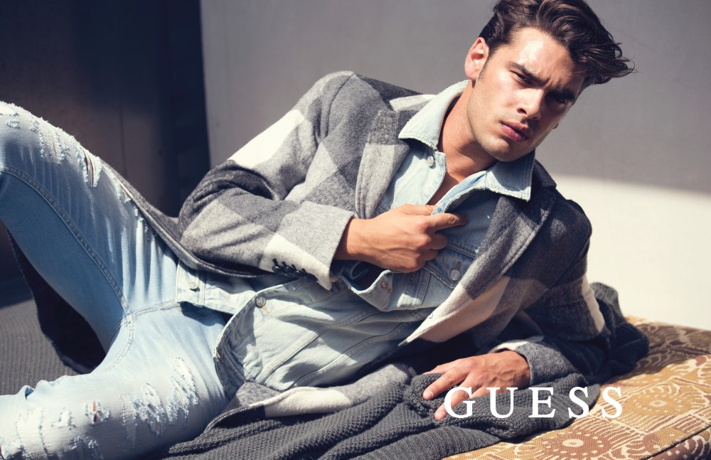 guess-jeans-holiday-2016-photography-by-david-bellemre-at-thomas-treuhfa-17