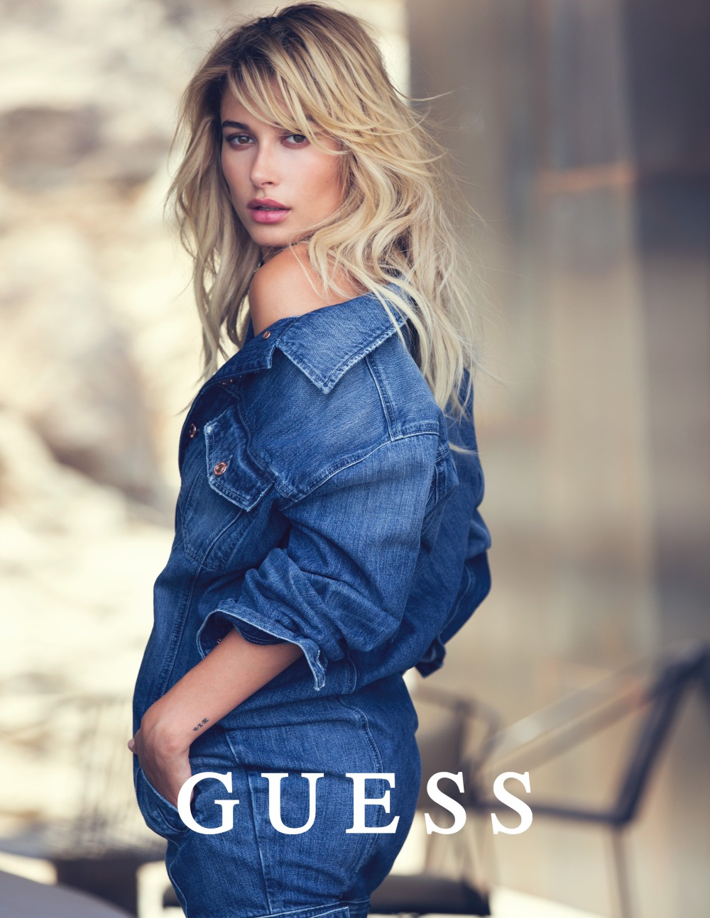 guess-jeans-holiday-2016-photography-by-david-bellemre-at-thomas-treuhfa-3