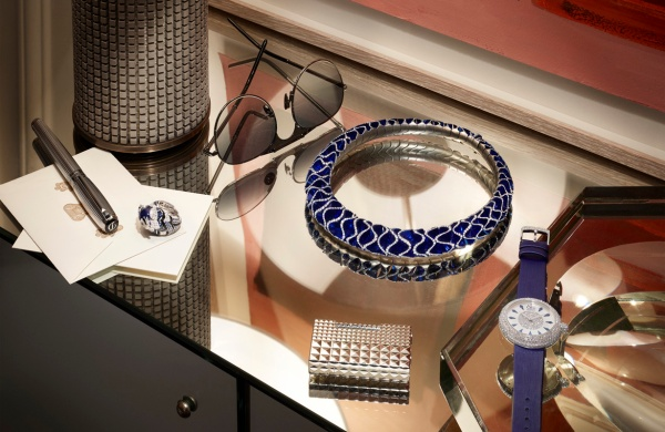 roberto-badins-luxury-accessories-stilllife-photography-for-air-france-madame-_1