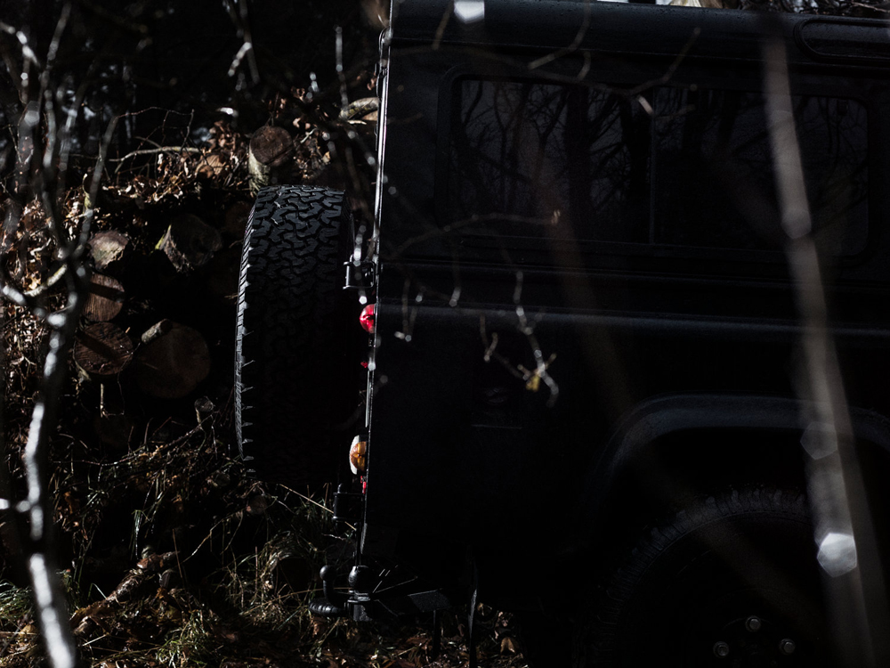 land-rover-defender-by-tuukka-koski-2
