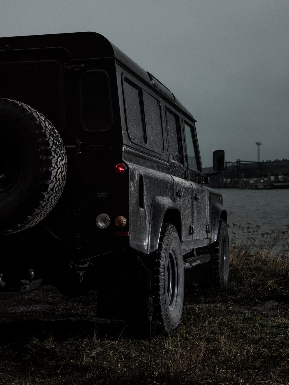 land-rover-defender-by-tuukka-koski-8